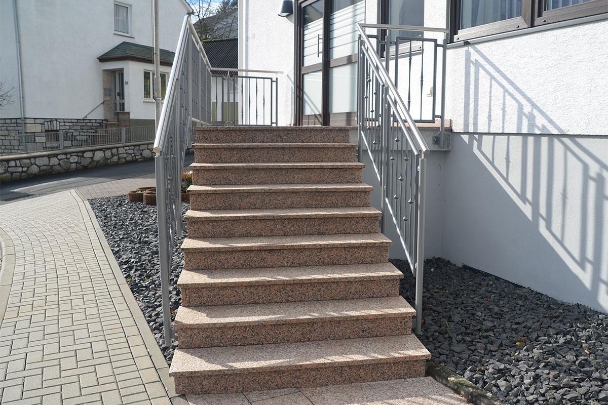 Gelbert Natursteine - Treppenanlagen