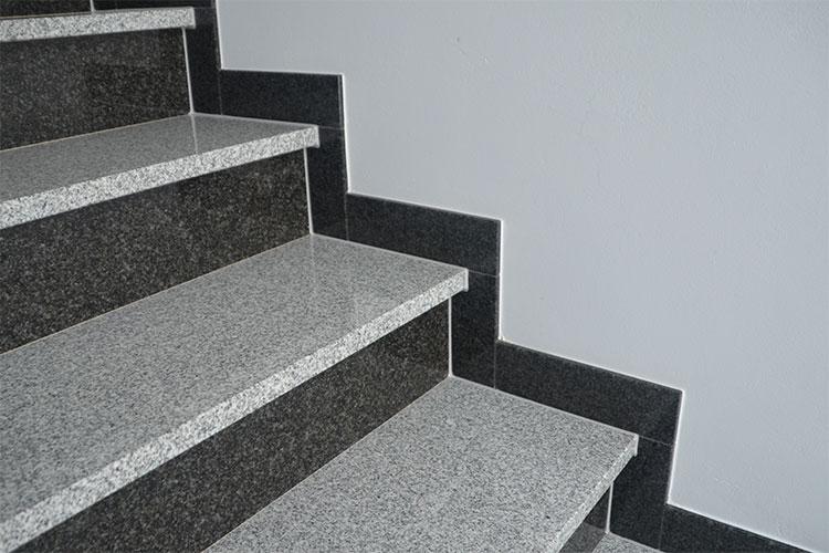 Gelbert-Natursteine - Treppe