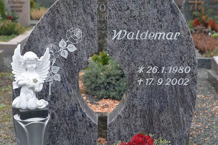 Gelbert Natursteine - Einzelgräber